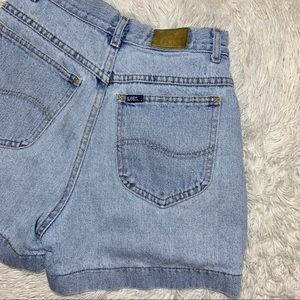 Lee Vtg 90s Light Wash High Waist Denim Mom Short